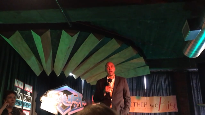 Click to watch: Cory Booker on decreasing immigrant detention by 75% in Dubuque, IA